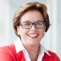 Porträtfoto von Ministerin Schäfer