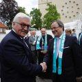 Bundespräsident Frank-Walter Steinmeier mit Ministerpräsident Armin Laschet