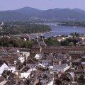 Sie sehen die Stadt Bonn aus der Vogelperspektive. In der Mitte: die Universität.