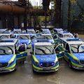 Gruppe von Mercedes-Vans