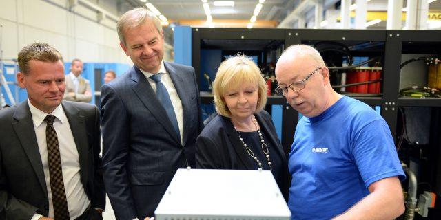 Ministerpräsidentin Kraft bei Kompressorenhersteller BOGE