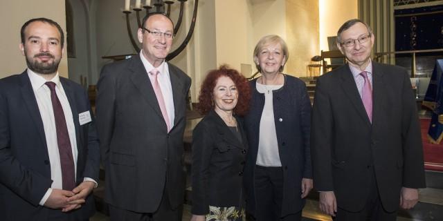 Ministerpräsidentin Kraft gemeinsam mit dem Vorstand der Synagogen-Gemeinde Köln.