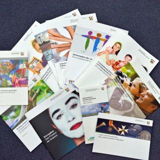 Bild mit Materialien des Broschürenservice