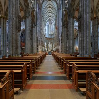 Bild vom Innenraum des Kölner Doms