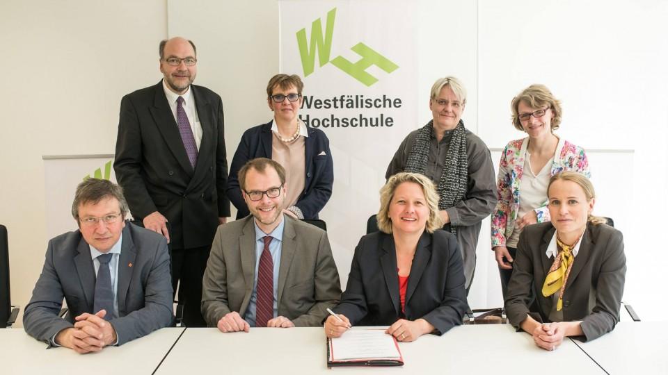 Ministerin Schulze und Hochschulen vereinbaren enge Kooperation