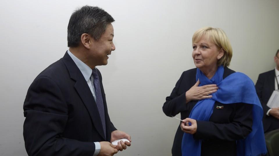 Ministerpräsidentin Hannelore Kraft im Gespräch mit dem Vizeminister für Urbanisierung und Stadtentwicklung LU Kehua