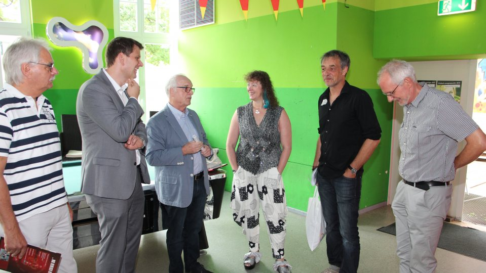 "Staatssekretärin Andrea Milz besucht das Jugendzentrum ""die 9""."