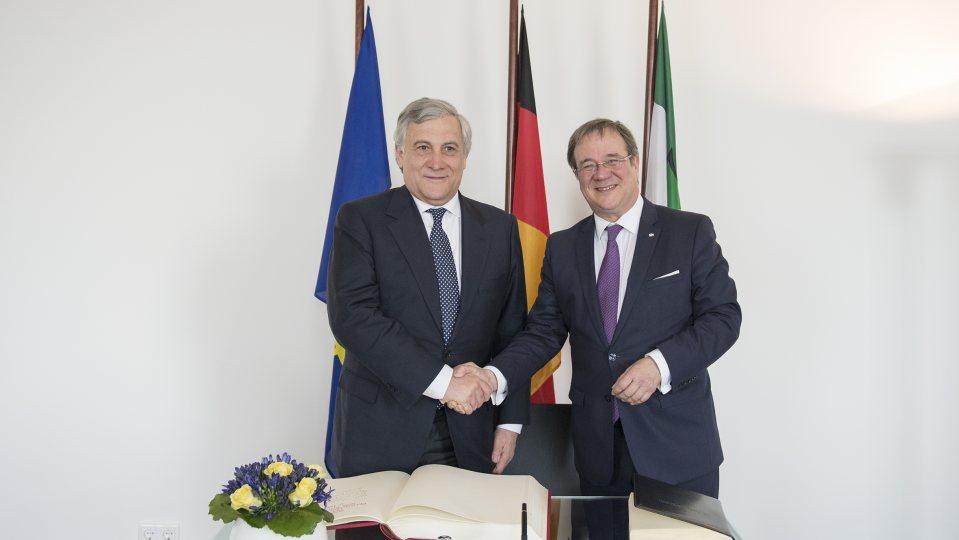 Ministerpräsident Laschet empfängt EU-Parlamentspräsident Tajani.