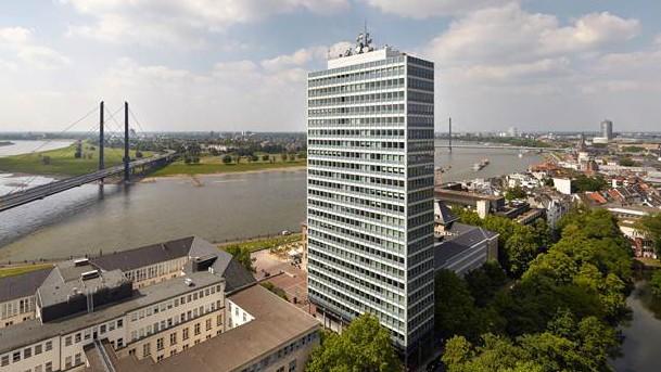 Luftaufnahme des Mannesmannhochhaus