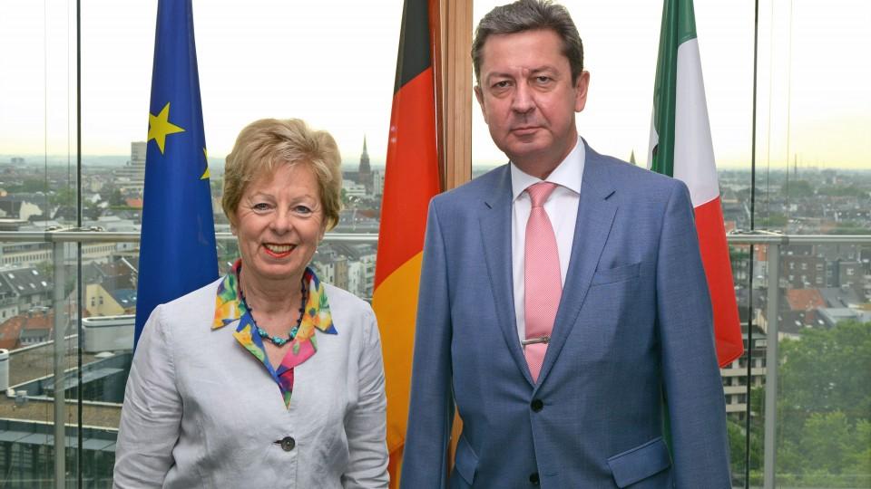 Europaministerin Schwall-Düren empfängt Generalkonsul Sedykh in der Staatskanzlei