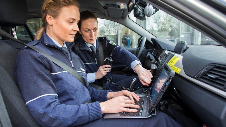 Pilotprojekt Mit Tablets Für Nrw Polizei Gestartet Das
