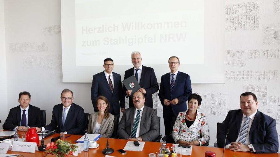 Erster Stahlgipfel des Landes Nordrhein-Westfalen