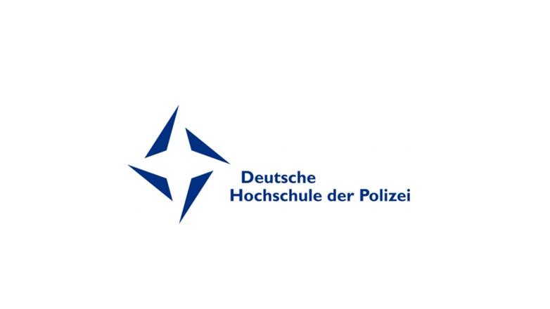 Blaues Logo der Deutschen Hochschule der Polizei auf weißem Grund.