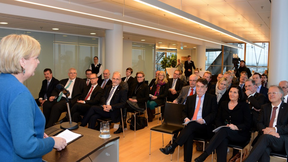 Ministerpräsidentin Hannelore Kraft bei ihrer Ansprache vor den Gästen aus Südwestfalen.